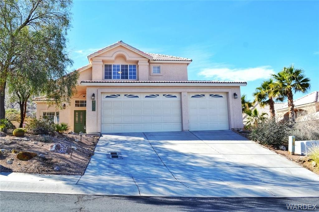 NEW LISTING in Bullhead City, Arizona The Highlands at
