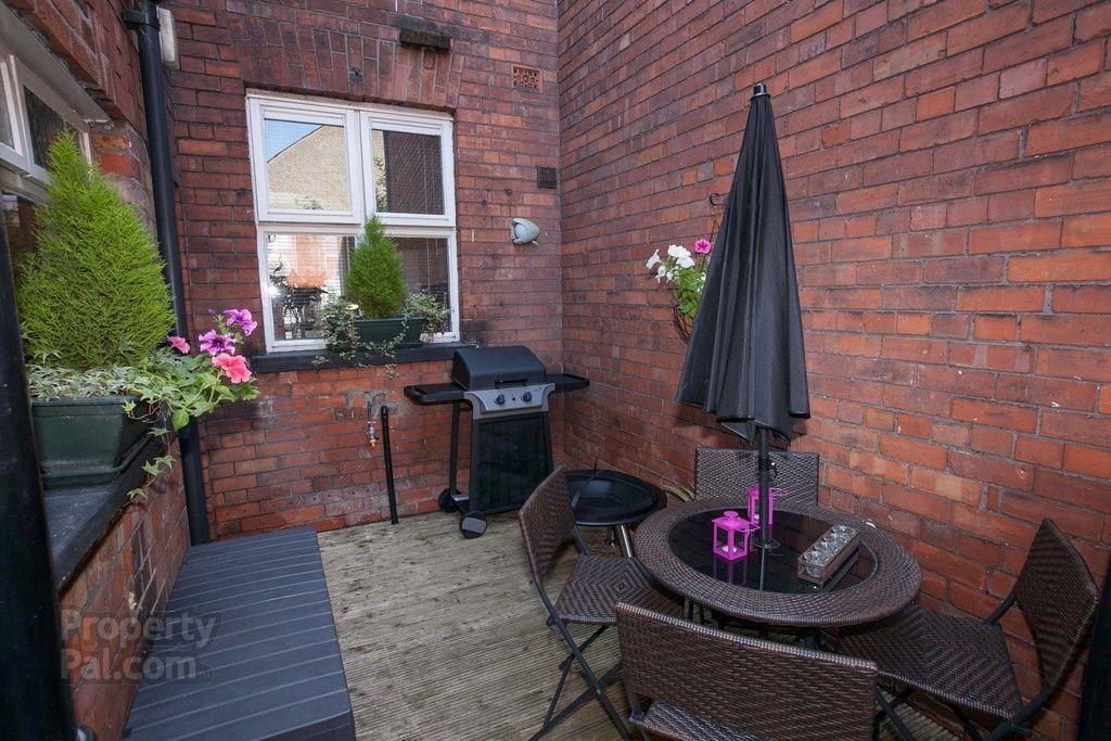 22 Irwin Avenue, Belfast Small garden design, Belfast