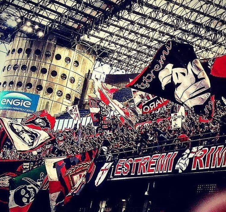 Pin di Márk Horváth su Ac Milan Foto di calcio, Calcio