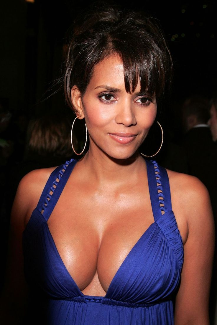 Sexy pics of halle berry