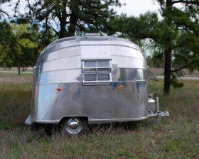 Lovely little silver bullet! | Vintage Airstream | Airstream