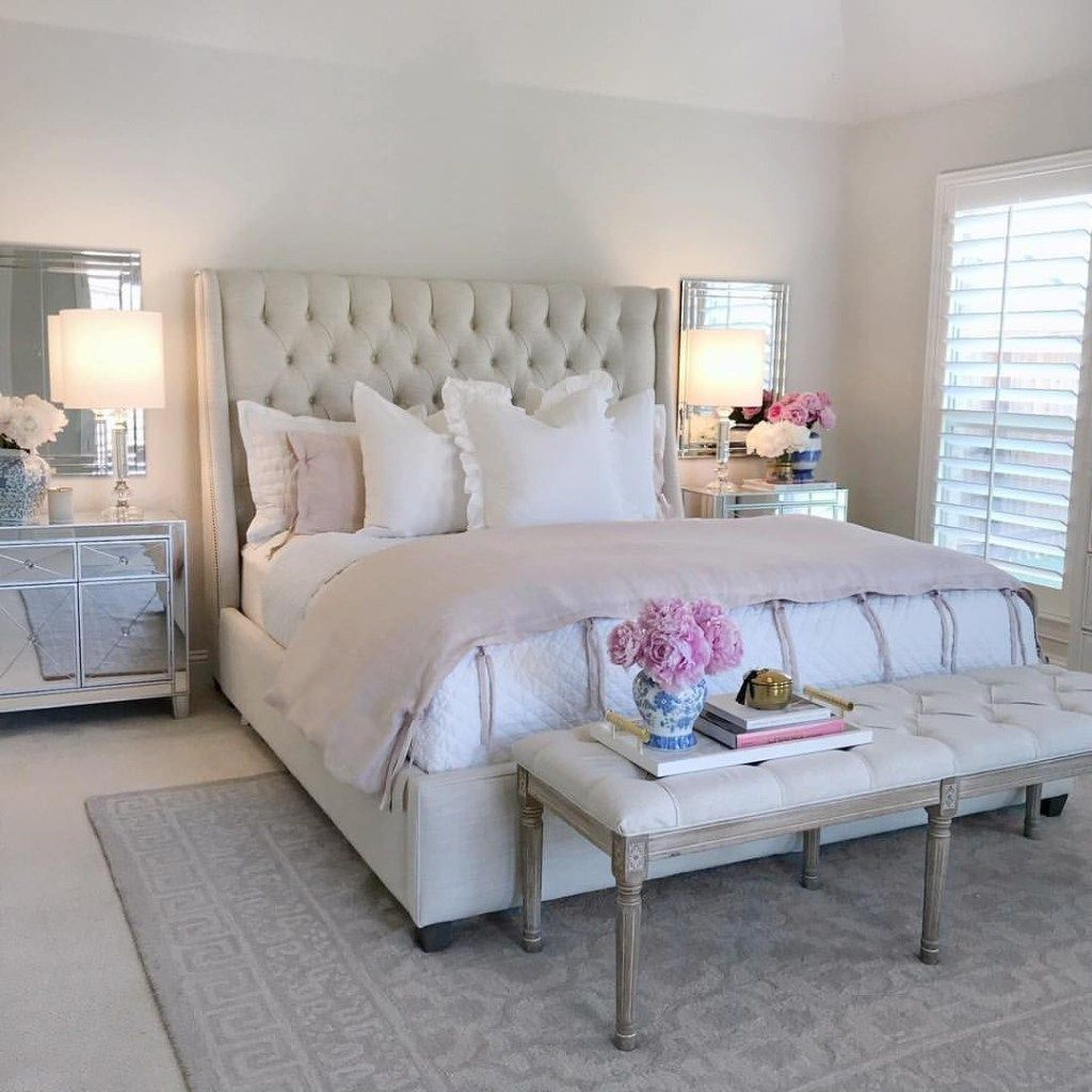 Discount Bedroom Furniture Stores: 45 Classic And Vintage Farmhouse Bedroom Ideas