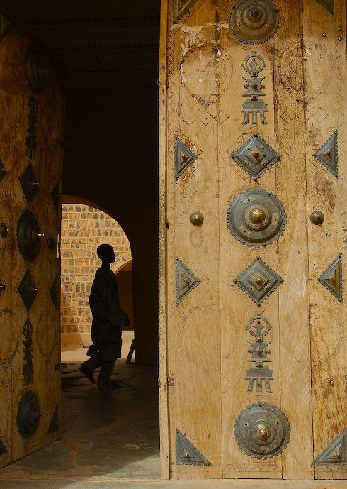 Doorway to Artisans Market, Kidal, Mali | Passage | Harry