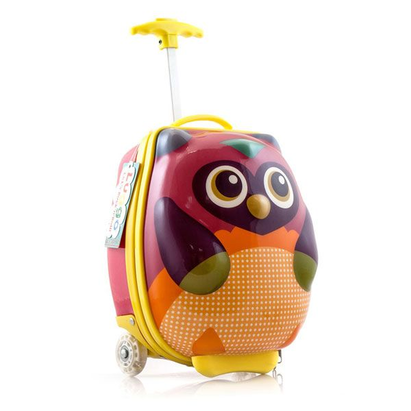 What a hoot! Love this luggo owl suitcase with flashing wheels and ...