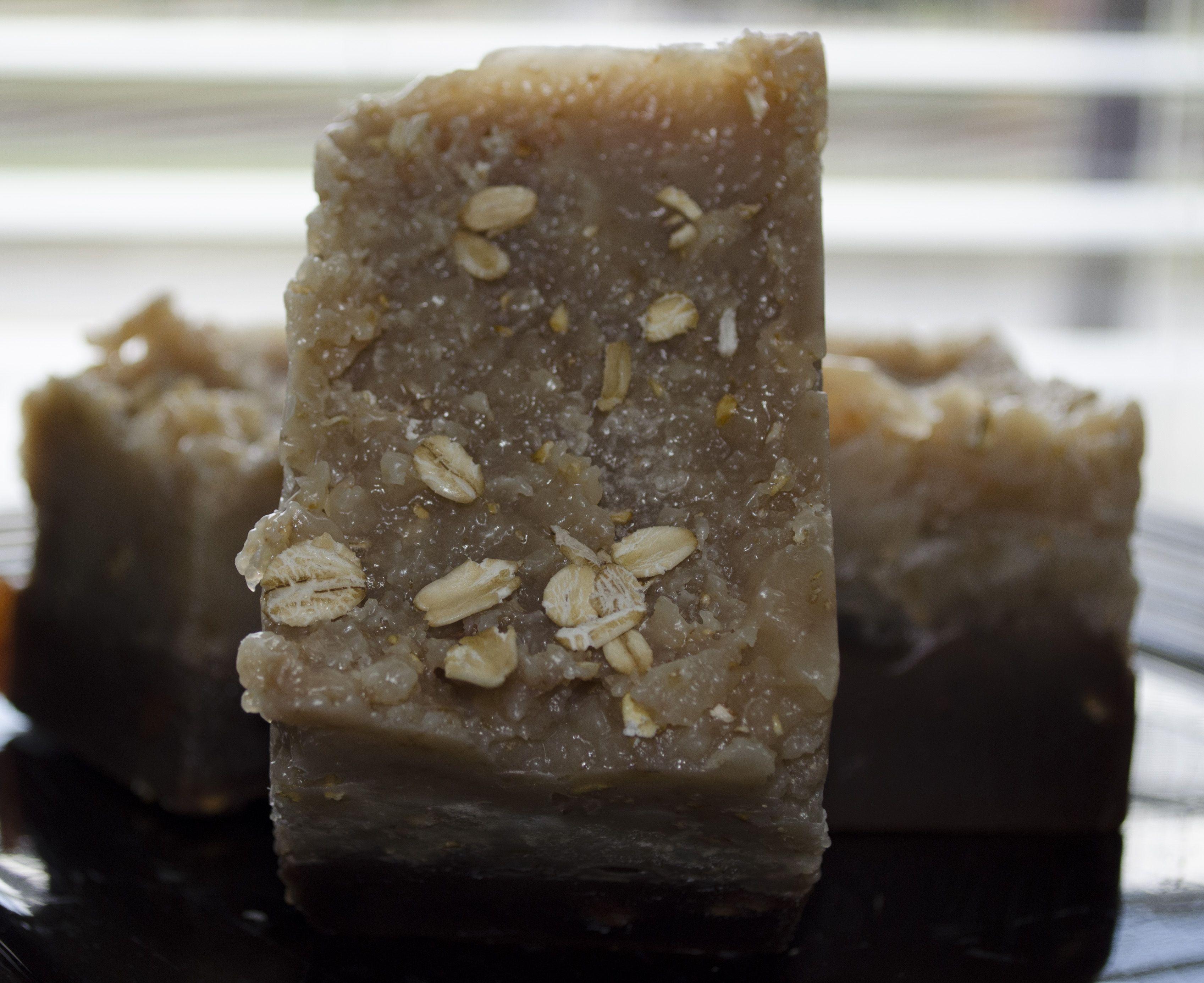 Rustic Oatmeal Almond Bar