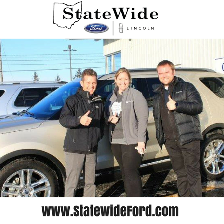 katherine mosier taking delivery of her new ford explorer from brad greve and jackson young thank you for your busine new ford explorer van wert ford explorer pinterest