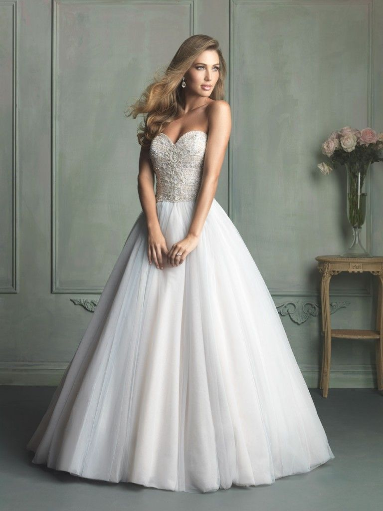 Lace Couture Wedding Dresses
