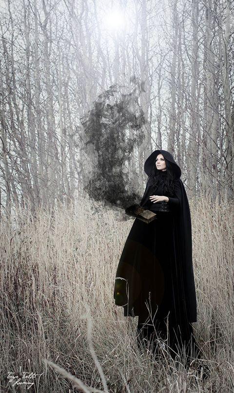 MAGICIAN P: Terje Talts Soeng, M: Kairi Katmann, Model