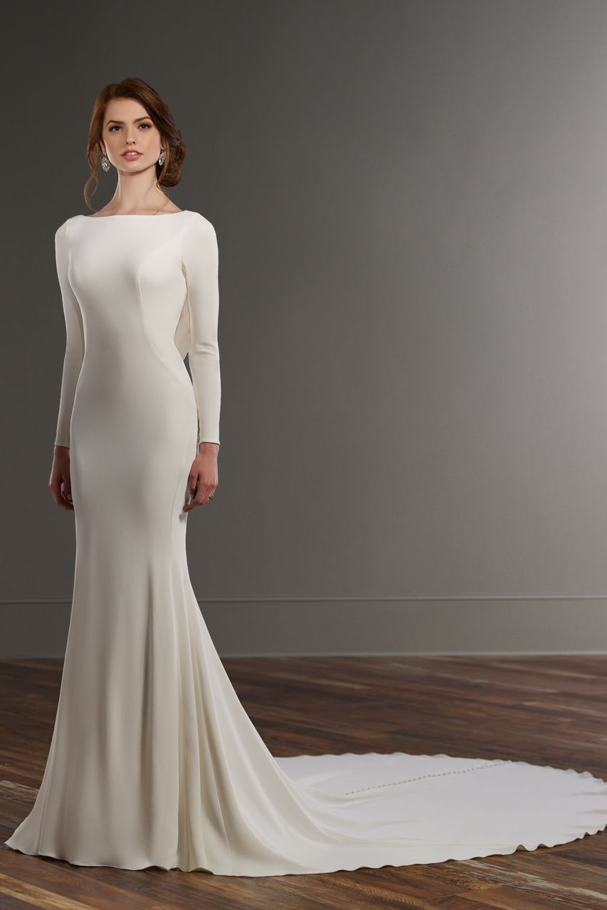 Wedding gown by Martina Liana, Style 791