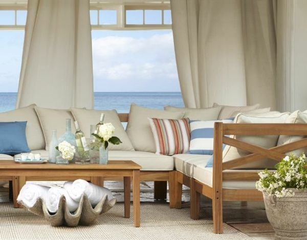 Wohnzimmer Holzmöbel maritime Einrichtung Landhausstil Wohnung - wohnzimmer im landhausstil dekorieren
