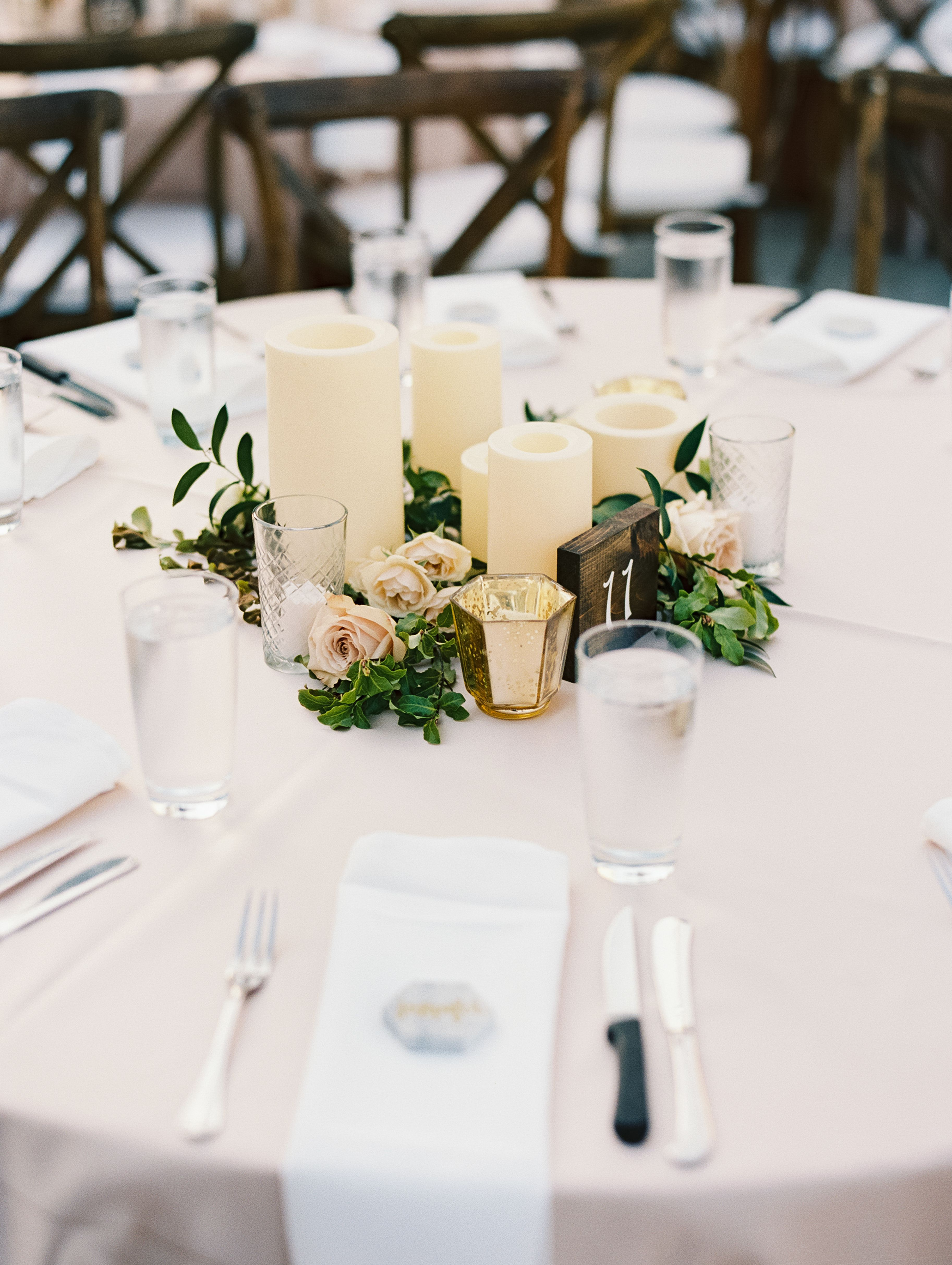 Stems Floral Design Event Styling Becca Pierson Photography Villa Antonia Wedding Austin Texas Flora With Images Peach Wedding Wedding Decorations Event Styling