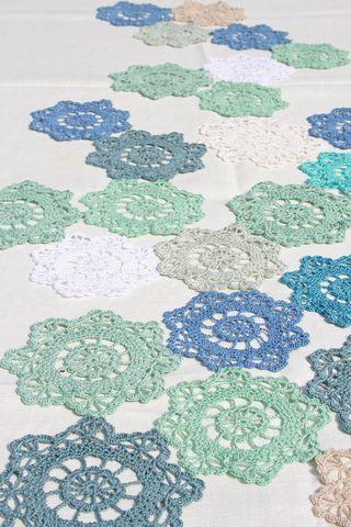 Fresh summer crochet..... | Häkeldeckchen, Häkeln und Läufer