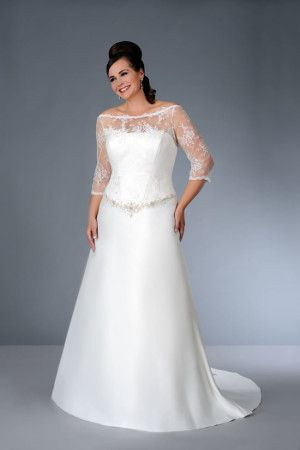 Style sv1581   Three Quarter Length Sleeve Wedding Dress for Plus Size Bride
