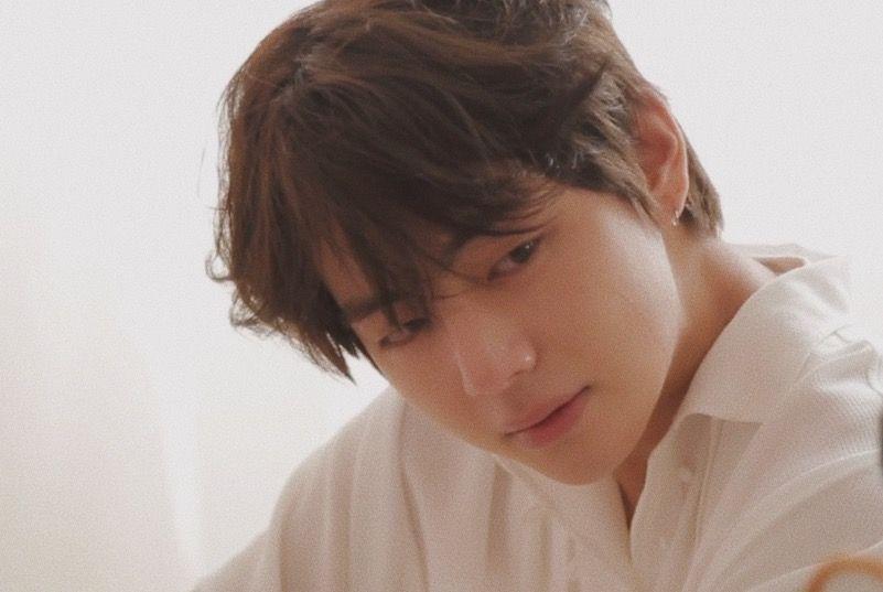 Taehyung Love Yourself Tear U Version Vante Pinterest