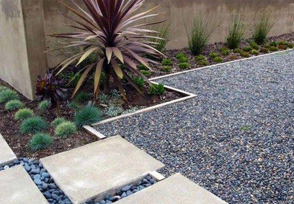 The Best Gravel Landscaping For Backyard 29