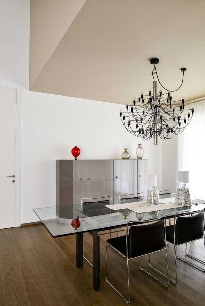 Ristrutturazione villa anni 70 sala da pranzo moderna di ...
