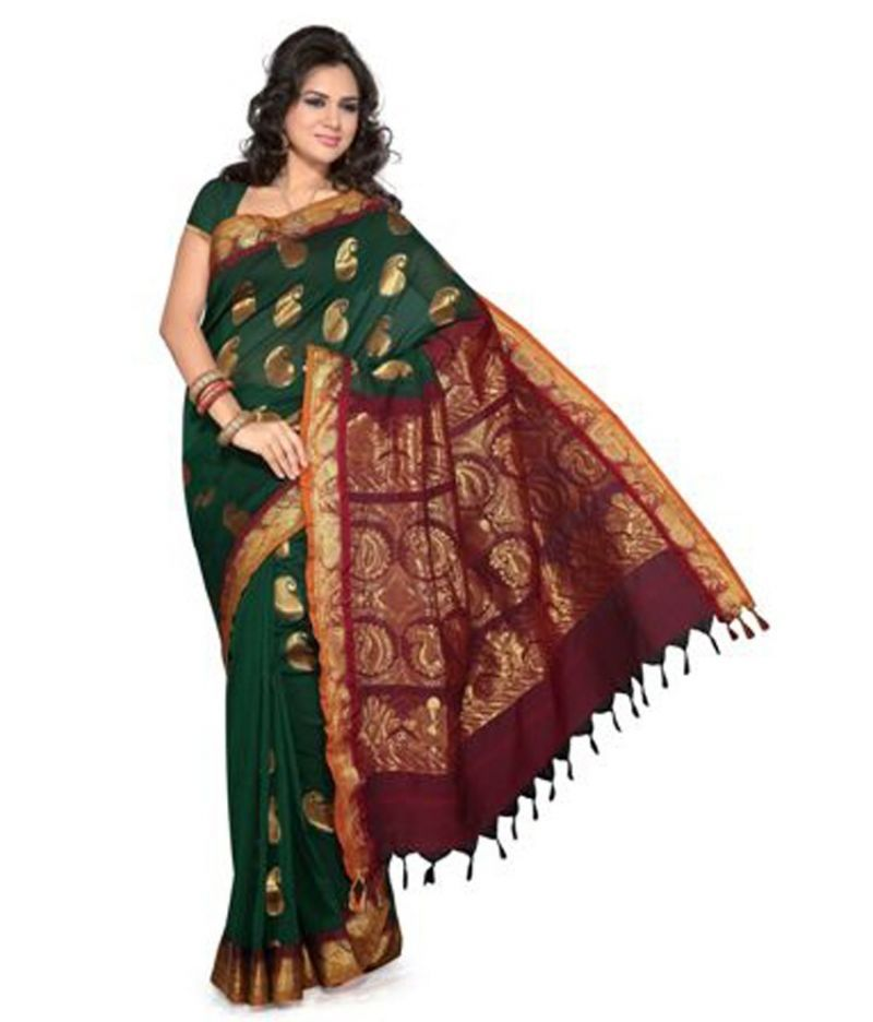 Popular Sarees of Andhra Pradesh & Telangana for your South Indian Bride #Ezwed #BridalSilkSarees #SouthIndianWeddingSarees #WeddingSarees