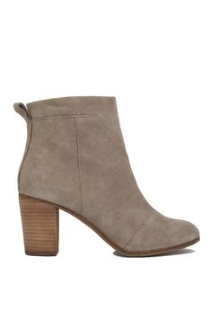 Closet staple! And boy I bet they're comfortable as sh*t! TOMS Lunata Ankle Boots - Taupe Suede Find them here: http://www.shopakira.com/products/toms-lunata-ankle-boots-taupe-suede.html