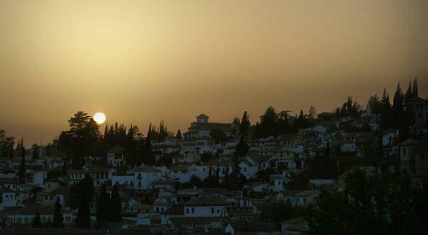 Puesta de sol en el Albayzín