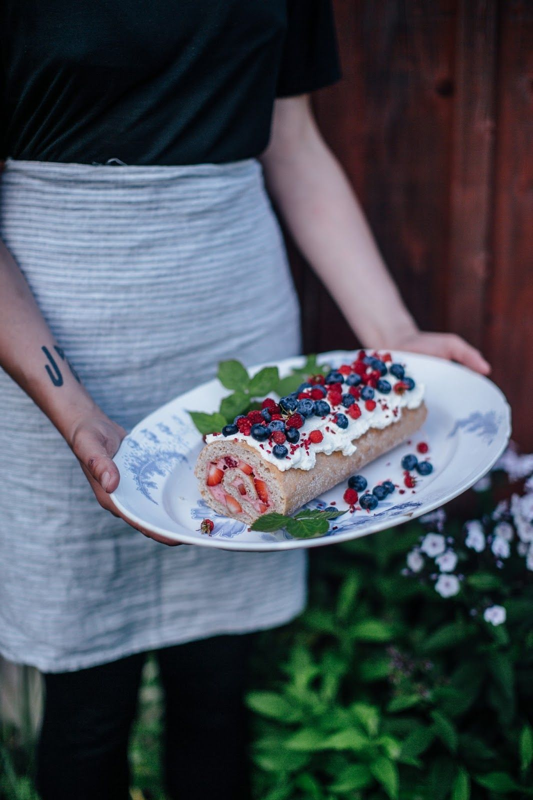 http://www.ourfoodstories.com/2016/08/glutenfree-raspberry-strawberry-swiss.html