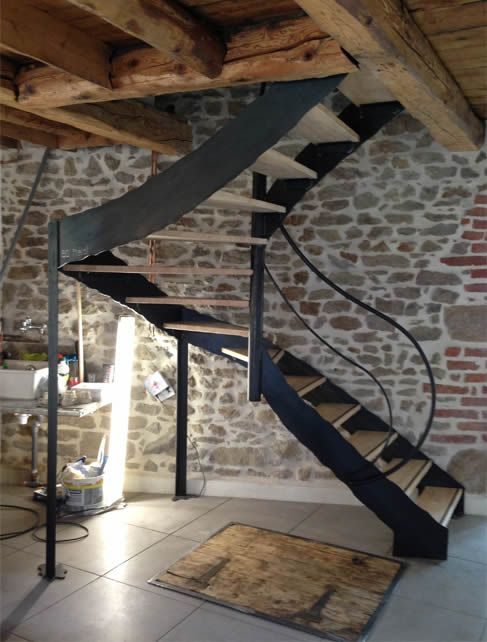 escalier balance tournant acier bois rampe lisse escalier pinterest acier bois balance et. Black Bedroom Furniture Sets. Home Design Ideas