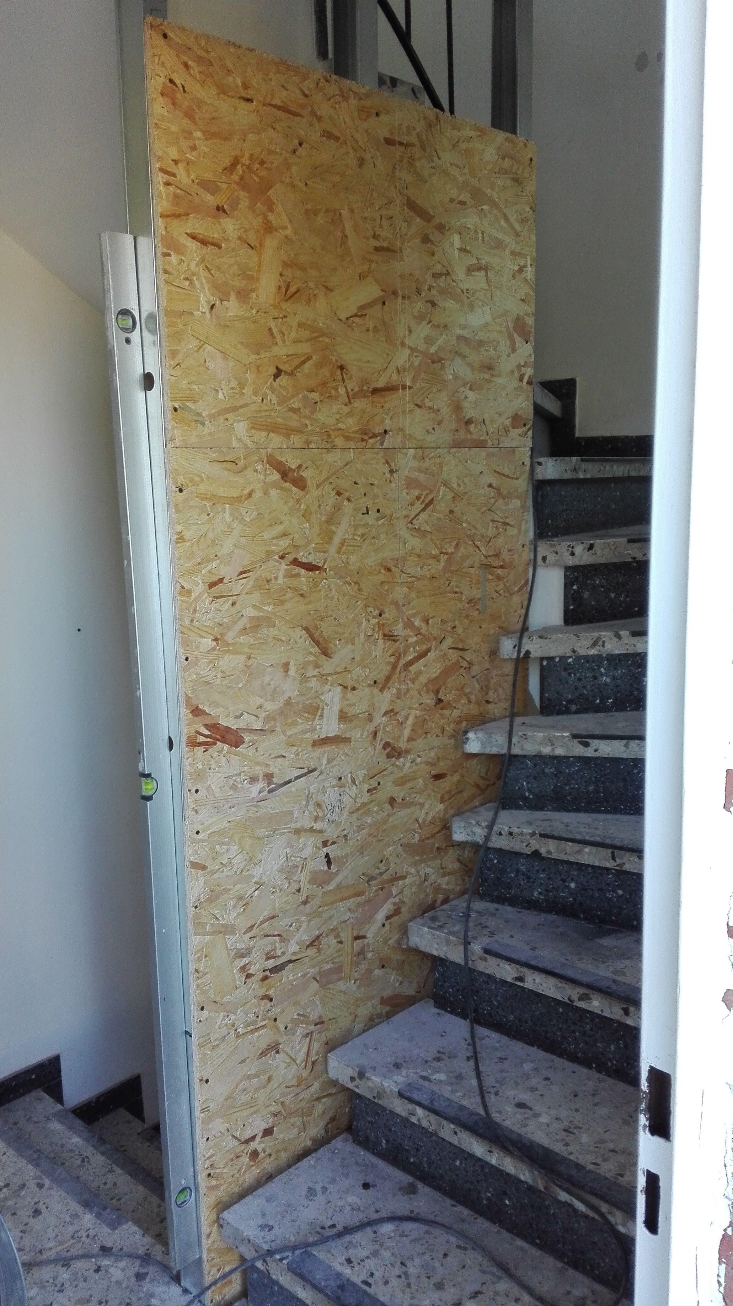 Treppenhaus makeover- Sanierung im 60 Jahre Flur