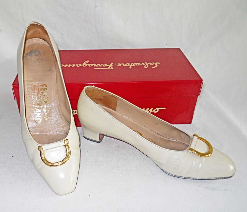 936a29dad21 Salvatore Ferragamo Vintage Pumps Flats Block Heel Cream Shoes 7C Box  Horsebit