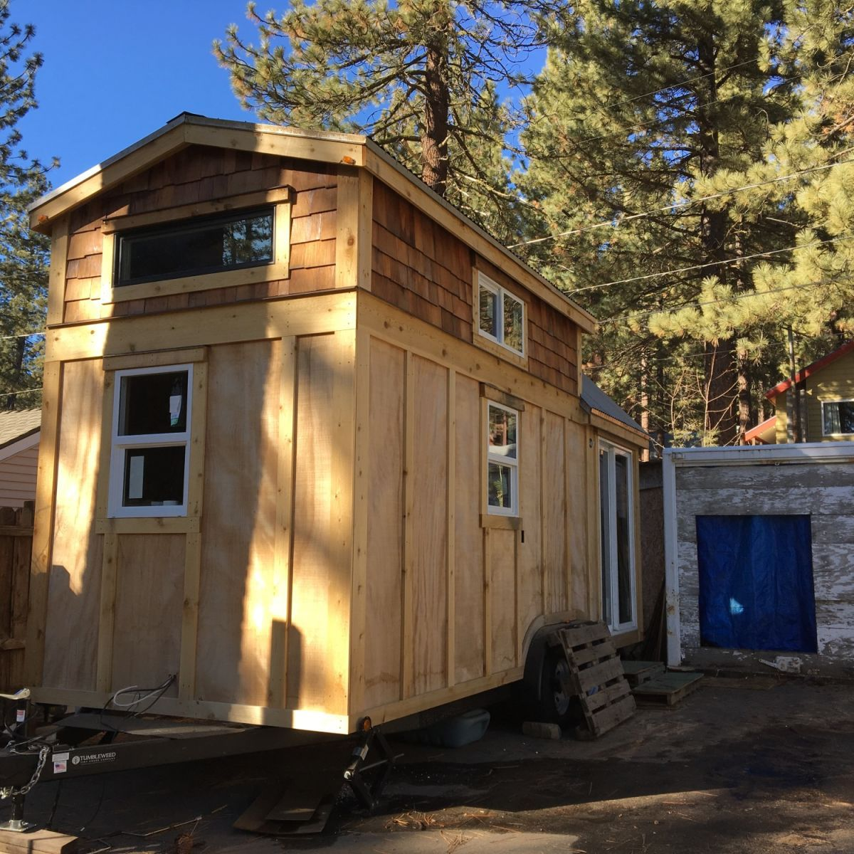 Brand new tinyhouse for sierra summer rental tiny house