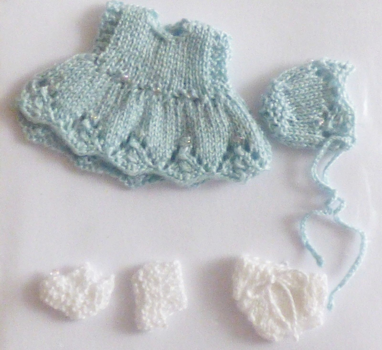 1 12th Scale Hand Knitted Baby Dress Hat Pants Blue Beautifully