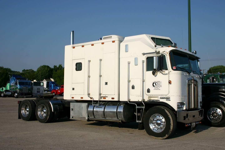 K100 Extended Sleeper Kenworth Trucks Big Trucks Peterbilt Trucks