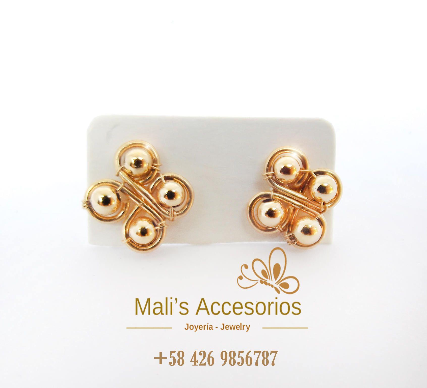488c3ca452fd Small studs earrings