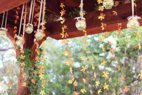 Orange floral garland awesomeness. Kinda like what I was telling you about the floating flowers