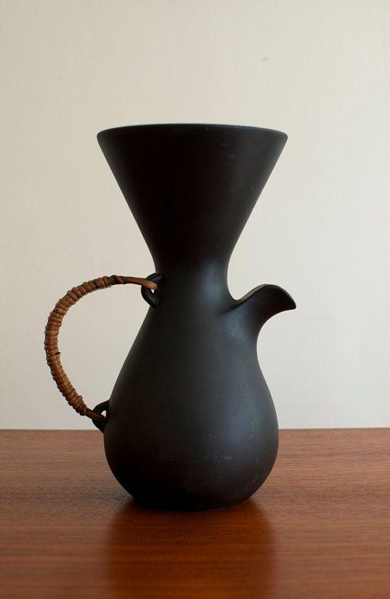 Kenji Fujita for Freeman Lederman Ceramic Coffee Pot/Pitcher - Lagardo Tackett Era