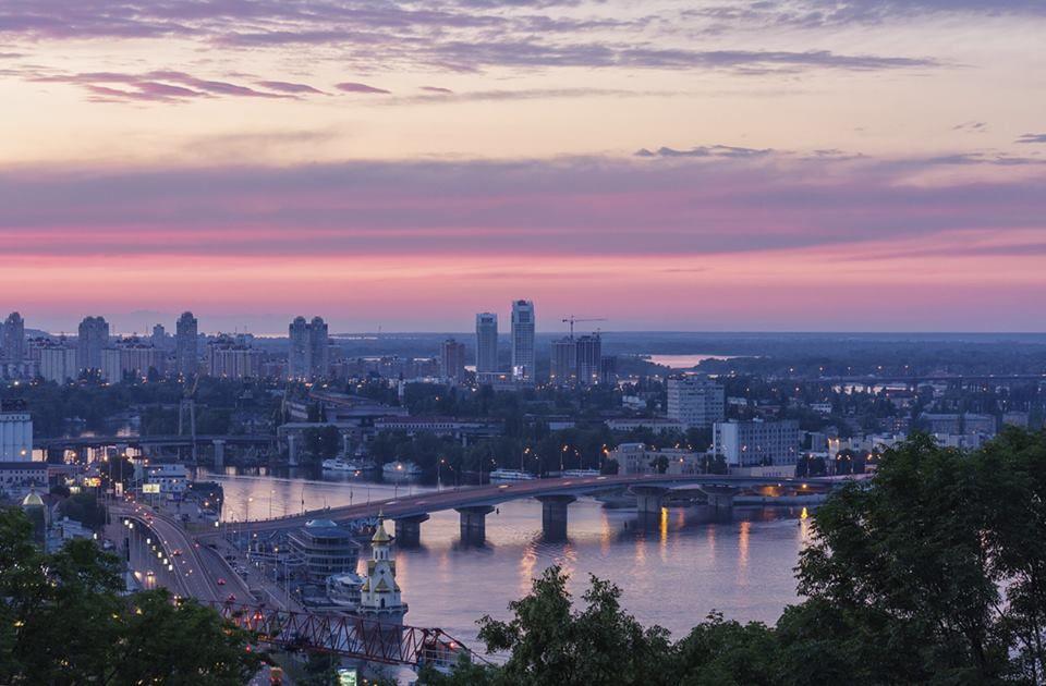 (54) LyonL Kiev