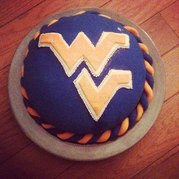 My graduation cake! Complete! :)