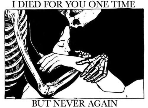SiiiMooO. Sorry.... J'ai voulu et je t'ai aimé. J'ai espéré qu'on puissent chavirer pour l'autre aux mêmes et bons moments. Mais là, la tristesse qui aille quelque chose qui a été tuée.