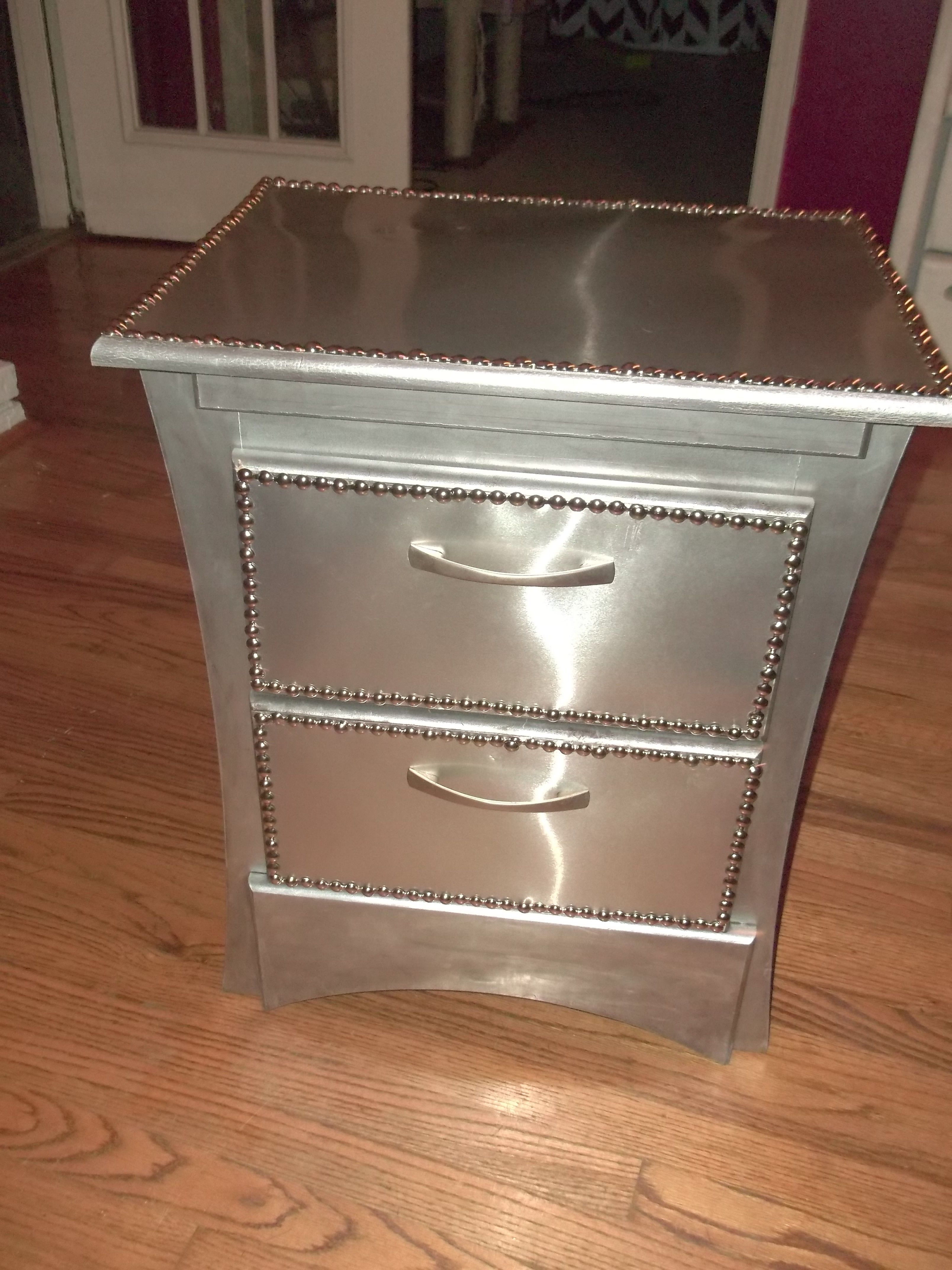 Best The 5 Step Nightstand Styling Formula That Will Make You 400 x 300