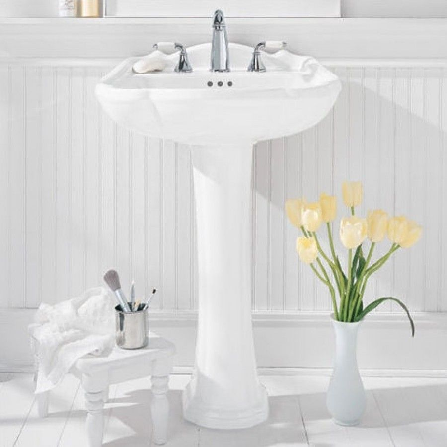 American Standard Repertoire Pedestal Sink With Amarilis Faucet