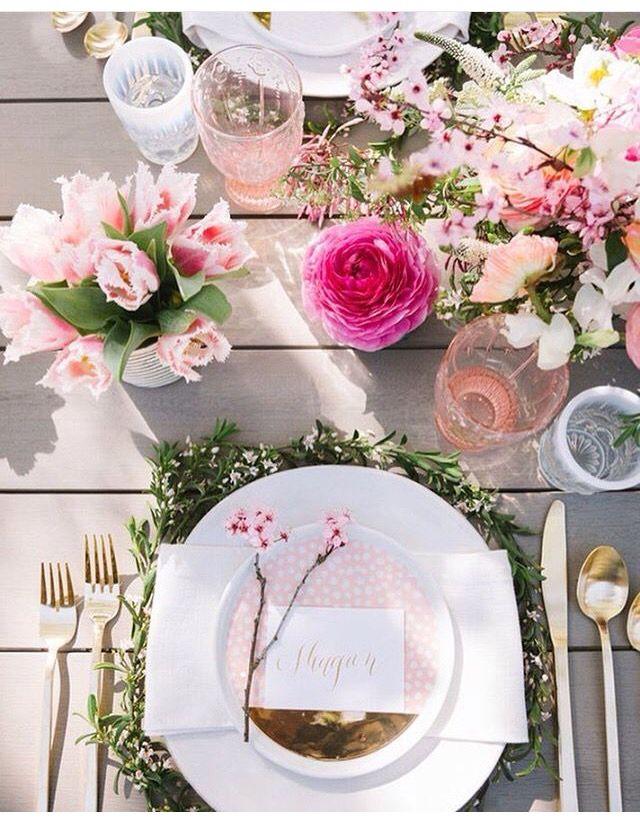 Tables おしゃれまとめの人気アイデア Pinterest Sylvie 結婚式のテーブルの設定 パーティーテーブル 結婚式 テーブル