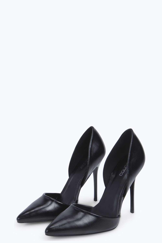 Imogen Escarpins noires Pointus https://ad.zanox.com/ppc/?35032479C1352208945&ulp=[[http://fr.boohoo.com/chaussures/talons-hauts/azz05599]]