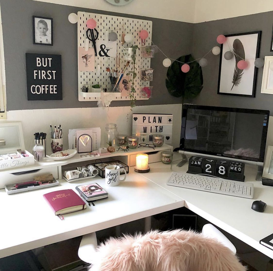 Pin by Donnie Nicole on Home Office/Scrapbook Rooms in
