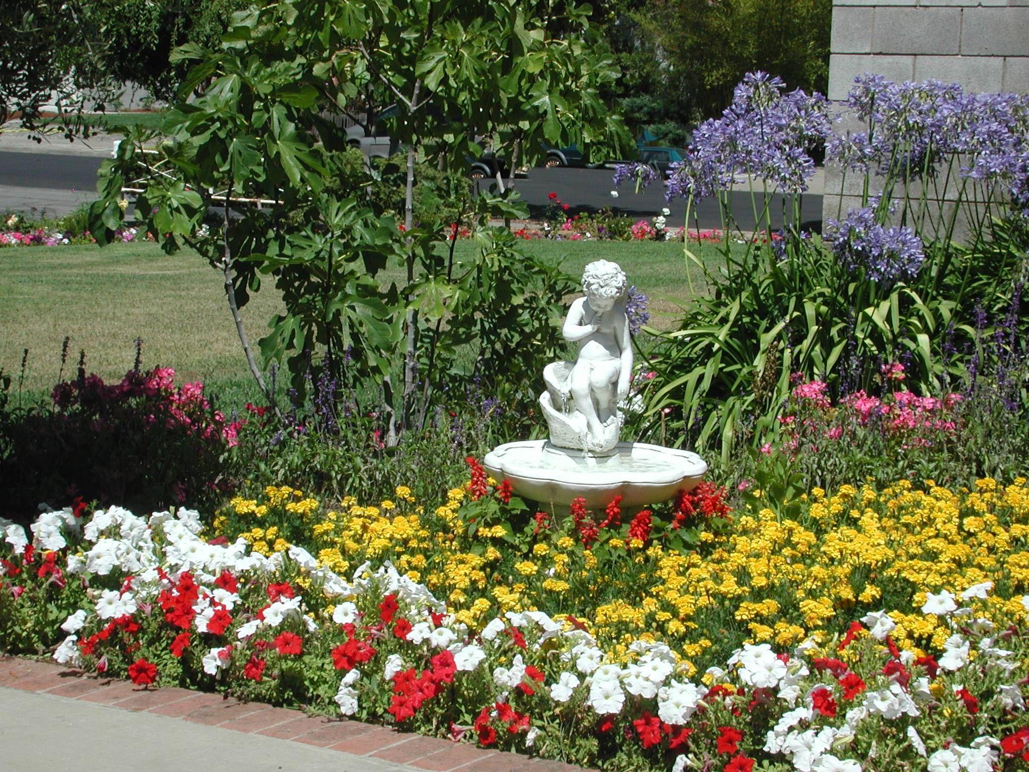 Nice Fountain Beautiful Gardens Flowers Ideas Pinterest