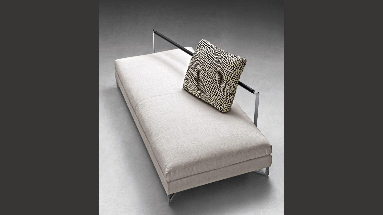 Large armchair design ferruccio laviani molteni c for Mobili italiani design