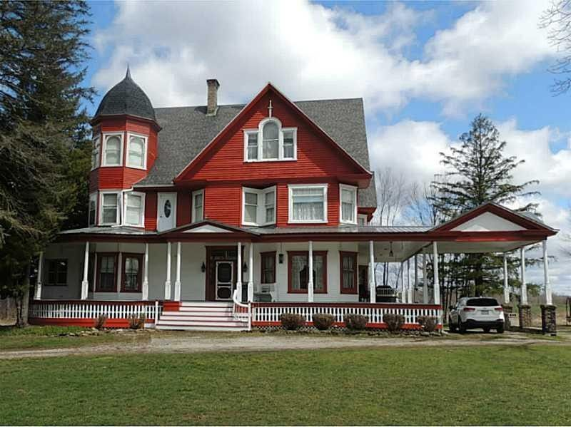 1105 E Main St Corry Pa 16407 House Styles House Corry