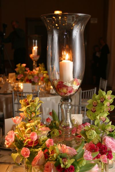 Giant Pedestal Hurricane Vase Gorgeous Candles And Wedding Ideas Be Inspi Candle Wedding Centerpieces Candle Centerpieces Wedding Reception Table Decorations