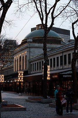 Boston lights - Quincy Market