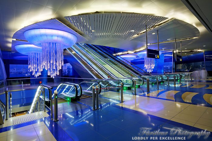 essay on dubai metro The dubai mall is one of the world's largest shopping malls located in dubai built at the foot and an  dubai mall: the largest mall in world.