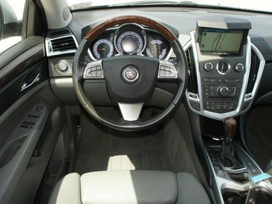 2010 Cadillac SRX Interior