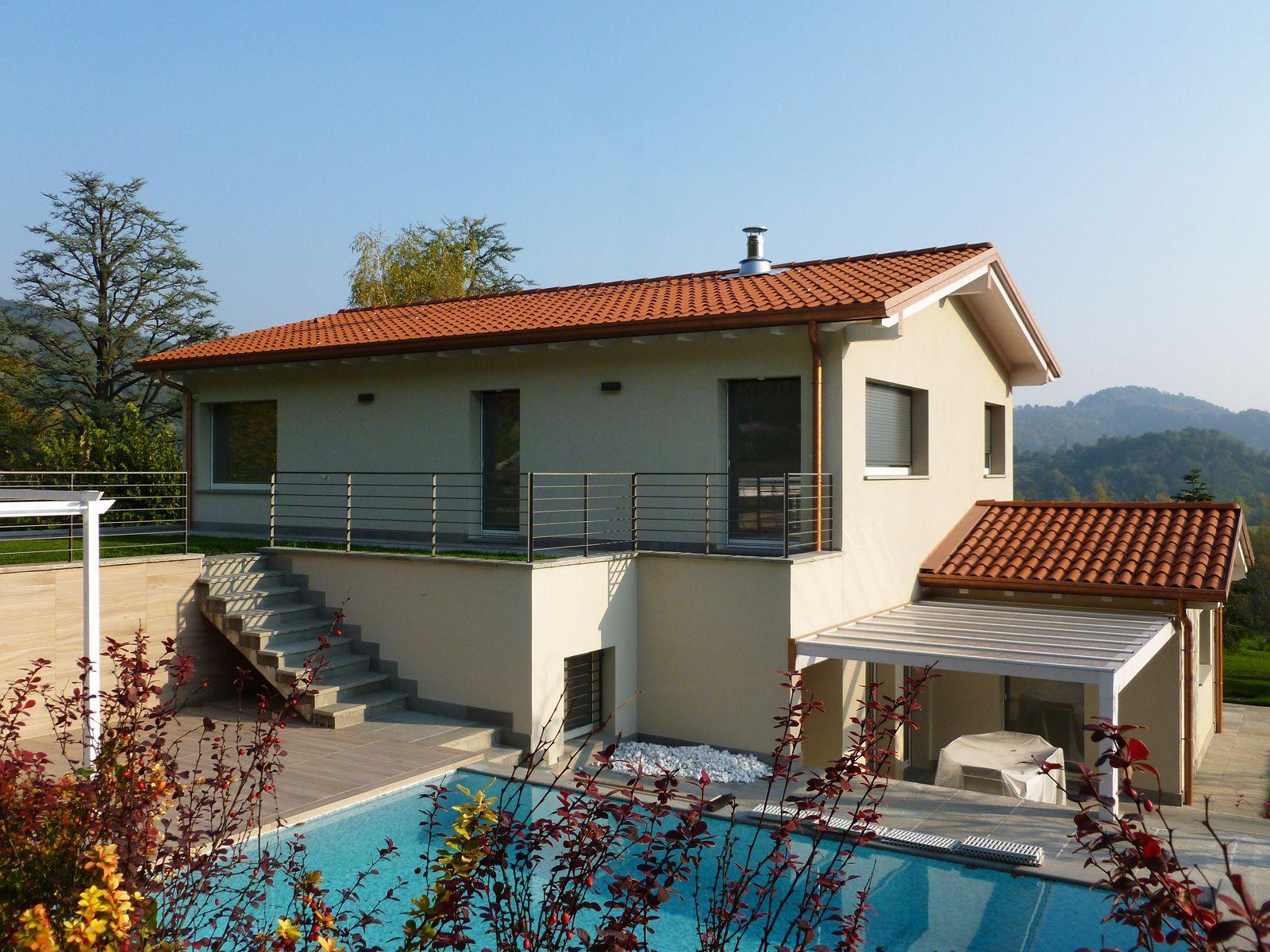 Favolosa villa in legno con piscina Caprino (BG) Villa