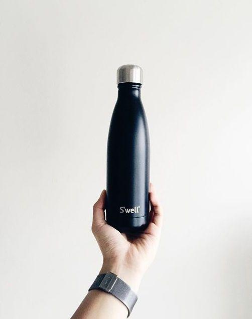 S Well Bottle Instagram By I Am Bao Best Reusable Water Bottle Well Bottle Bottle